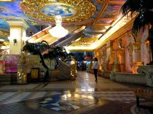 Vegas-style underground shopping plaza