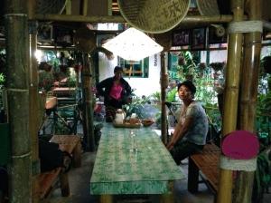Yawnghwe cafe