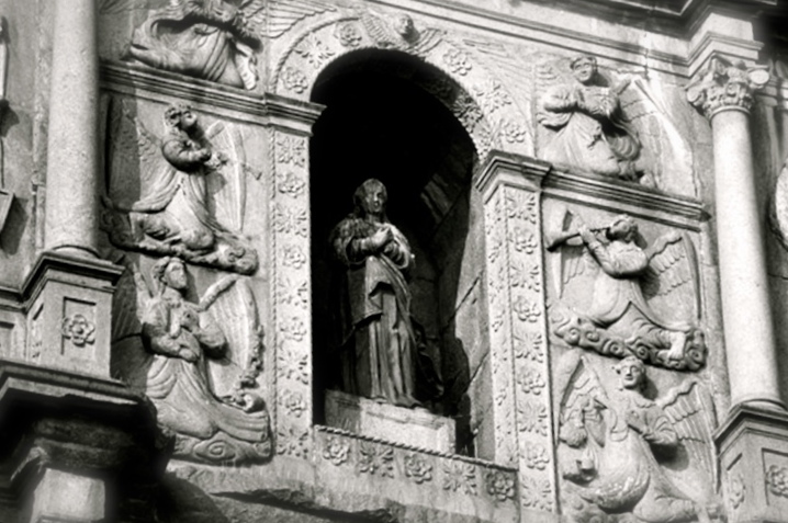 saint in niche